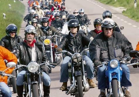 Coupes Moto Légende – Le Rallye Touristique de Côte-d'Or